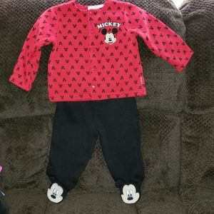 Mickey mouse outfit